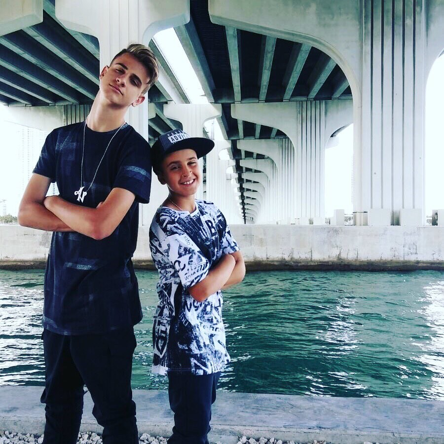 Daddy Yankee Hero moreover Justin Bieber Feat furthermore Th Annual Latin Grammy Awards Show Xac Tl As Fx together with Northumbria Police List Handheld moreover Mariaplayboyvms. on daddy yankee news and pictures