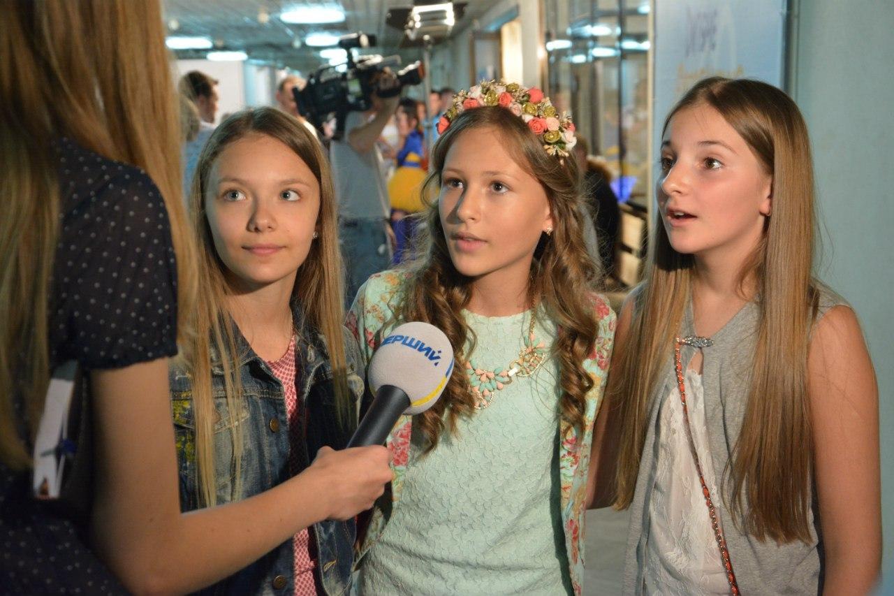 At the Junior Eurovision 2014 Ukraine will present a trio Sympho-Nick