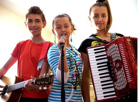The Cristeas @ kids'music